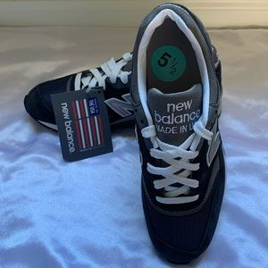 New Balance | Men's Size 5.5 Made in USA 997